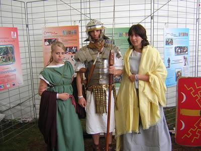 élèves du LP de Chardeuil en tenue romaine