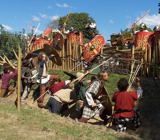 l'attaque du camp, par les gaulois de la troupe des Ambianis