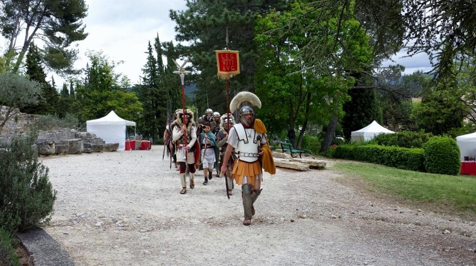 La légion défile