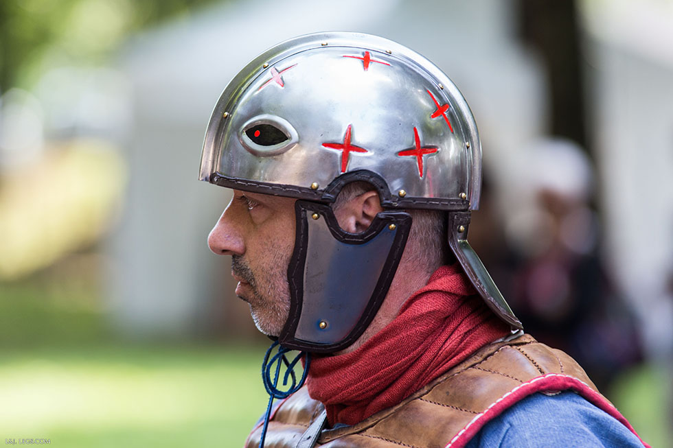 Légionnaire romain tardif, avec son casque intercisa