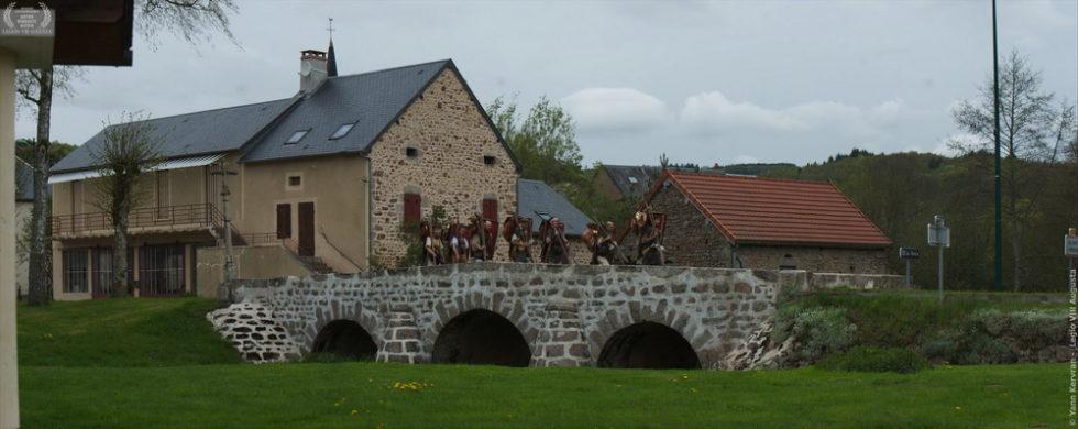 sur le pont d'Alligny en Morvan