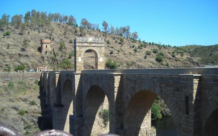 pont romain d'Alcantara en Espagne