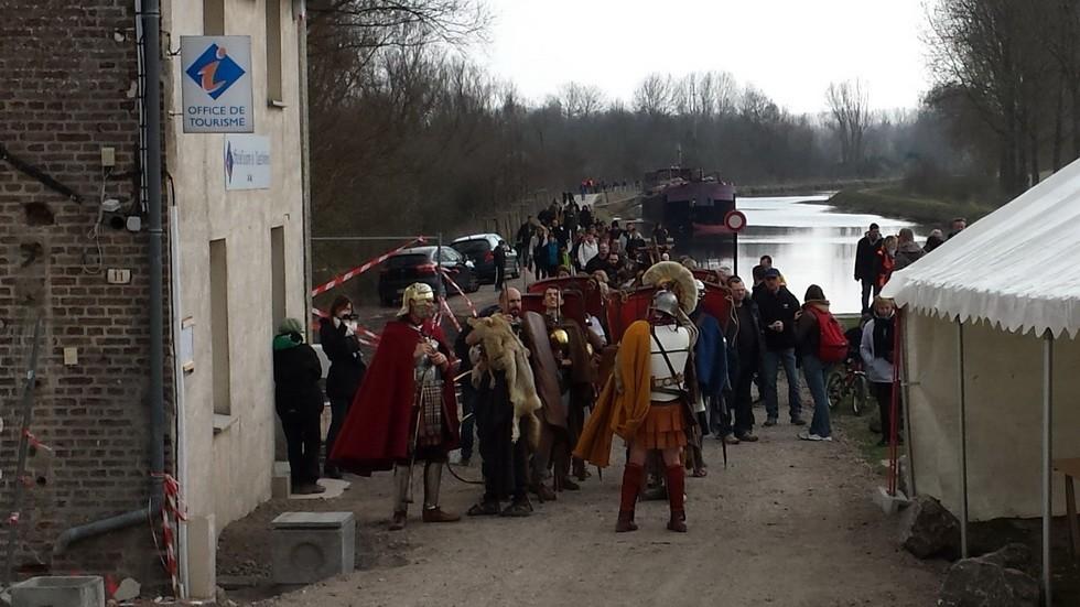 seconde étape à Ailly  sur Somme arrêt face à l'Office du tourisme