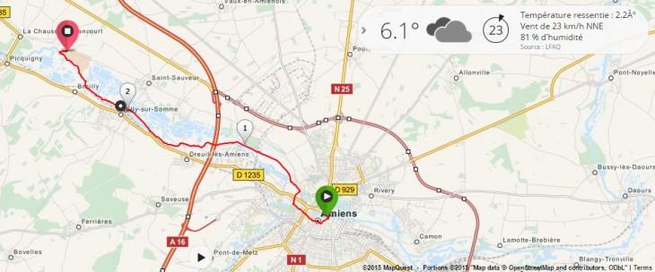 Parcours des marcheurs, entre le parvis de la cathédrale d'Amiens et le parc archéologique de Samara.