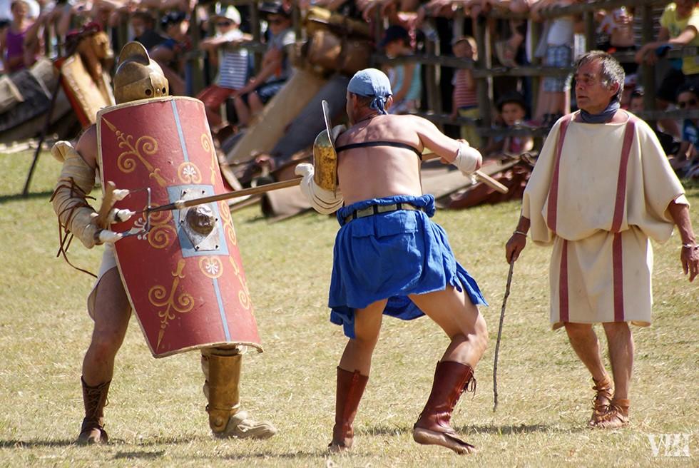 La gladiature est toujours arbitrée.