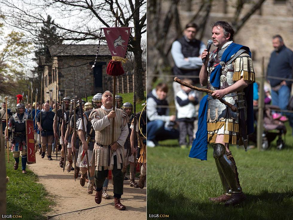 A gauche, les militaires de retour. A droite, le centurion des auxiliaires au micro.