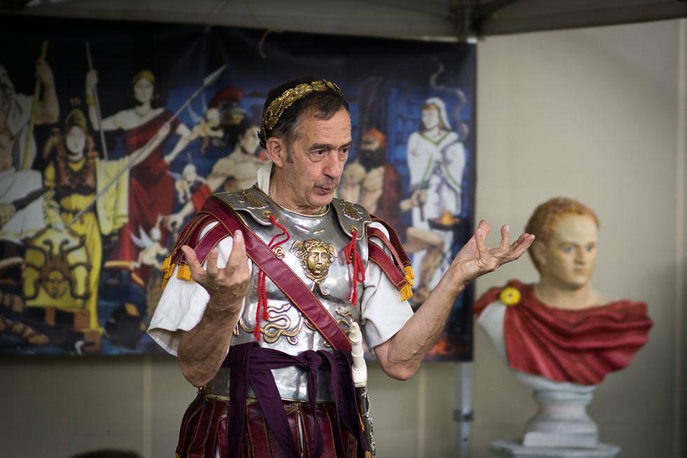 Le légat nous raconte les légendes de Rome